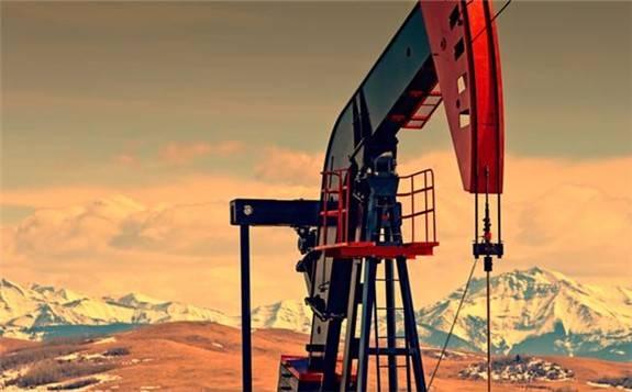 美国原油产量创纪录暴跌近40%! - 能源界