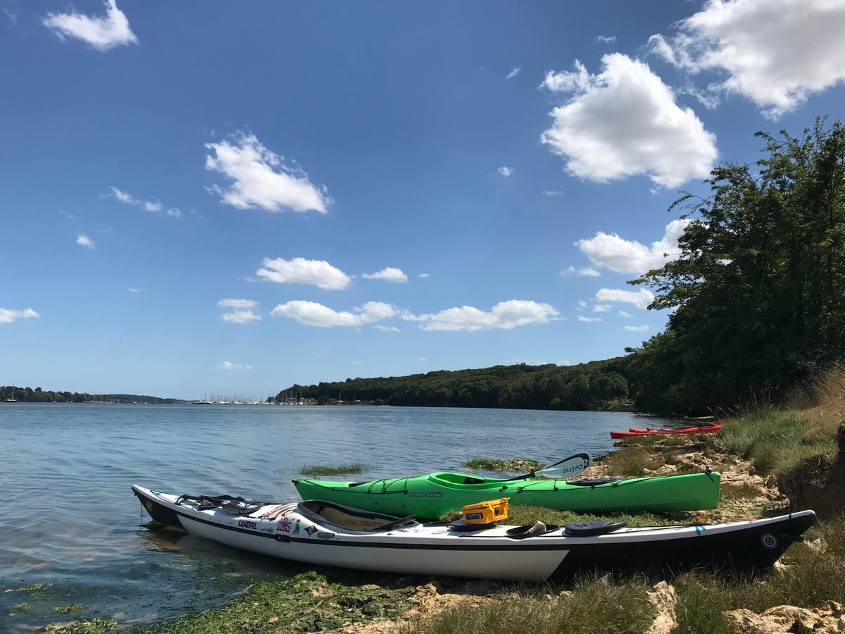 Plastic-free paddling: A kayak adventure with a twist in Suffolk