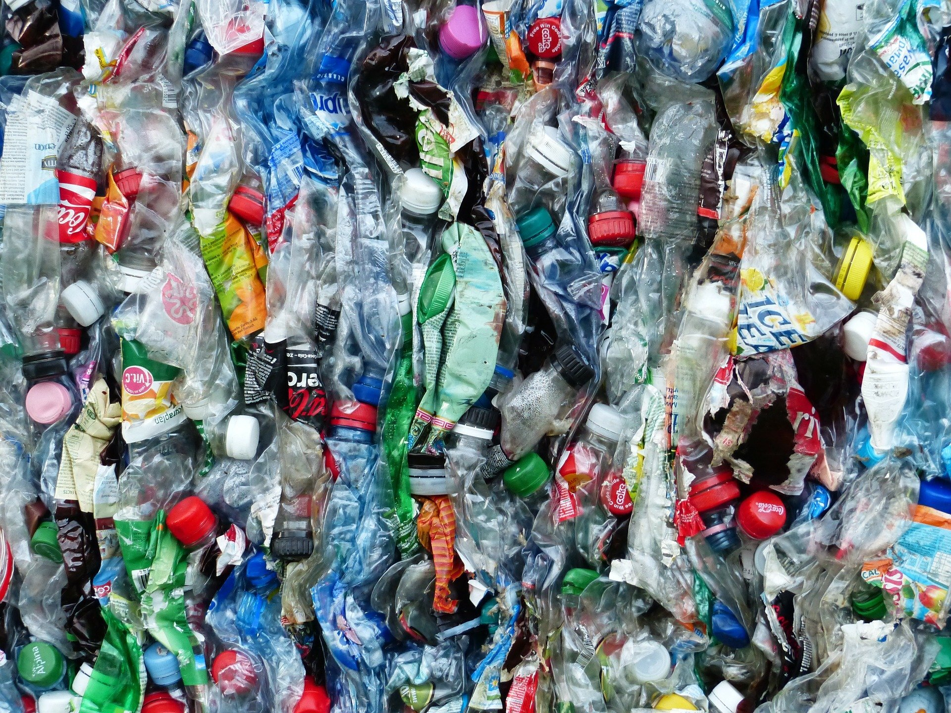 Upcycling plastic waste into high-performing mechanical lubricants