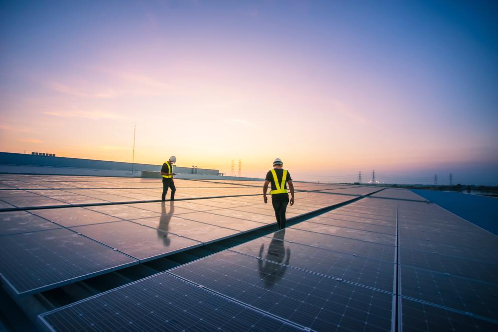 中國在沙漠建置 100GW 超大再生能源電廠,容量超過印度綠能加總